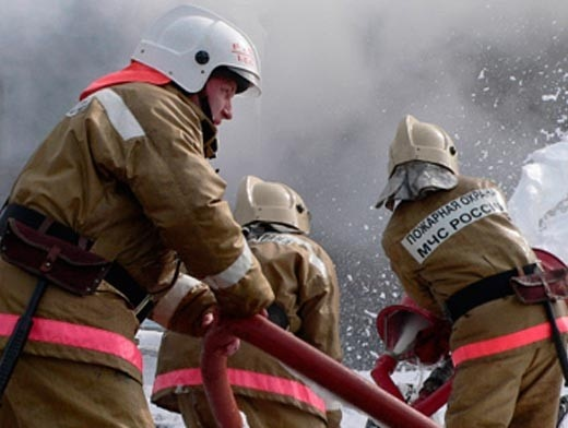 About 300 people were evacuated from a fire in a hostel in Vladivostok