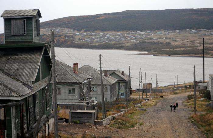 Sakhalin Bridge leans on state support
