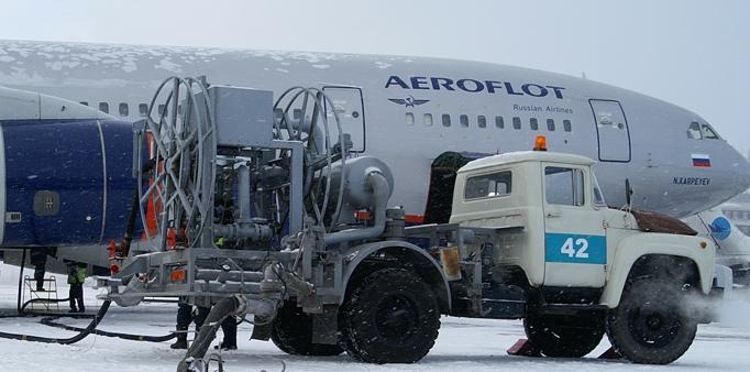 УФАС нашло слишком дорогое топливо в аэропорту Хабаровска