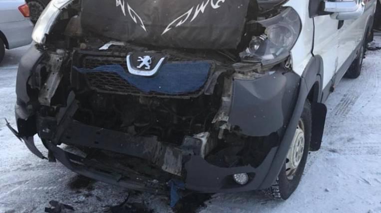 Passenger bus Birobidzhan-Khabarovsk got into a triple accident
