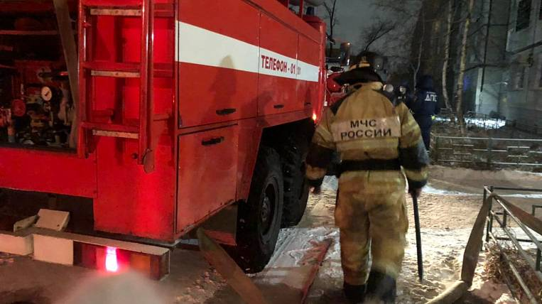 A criminal case was opened after the death of a family in a fire in Khabarovsk
