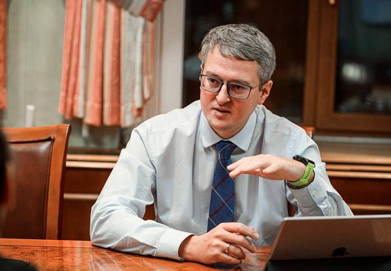 Vladimir Solodov: I like working second number