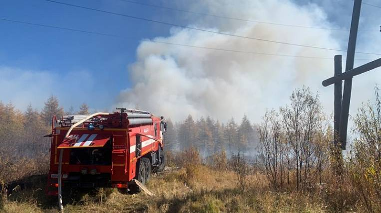 Fireworks fire rages in Magadan since Sunday