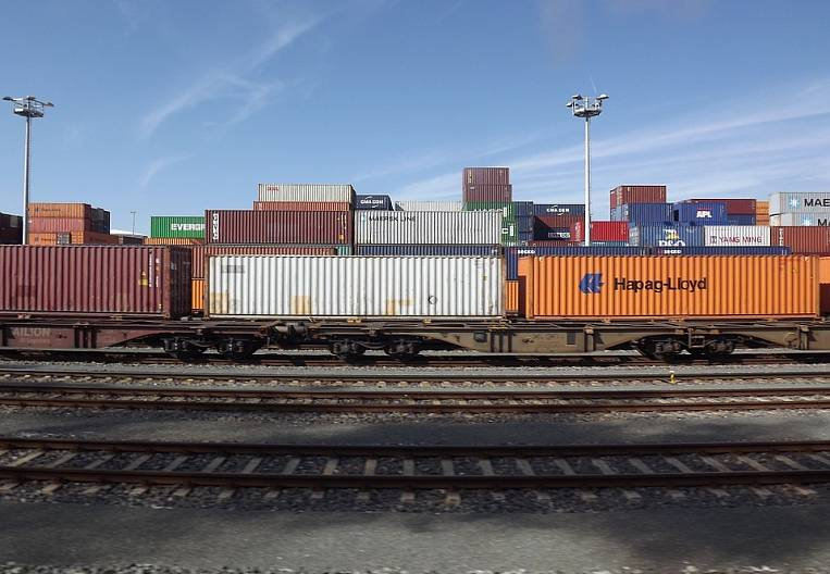 Containers turn away from the East