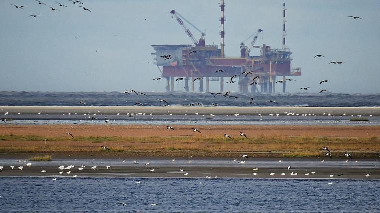 «Газпромнефть-Сахалин» подписала договор сяпонской компанией поаренде буровой платформы