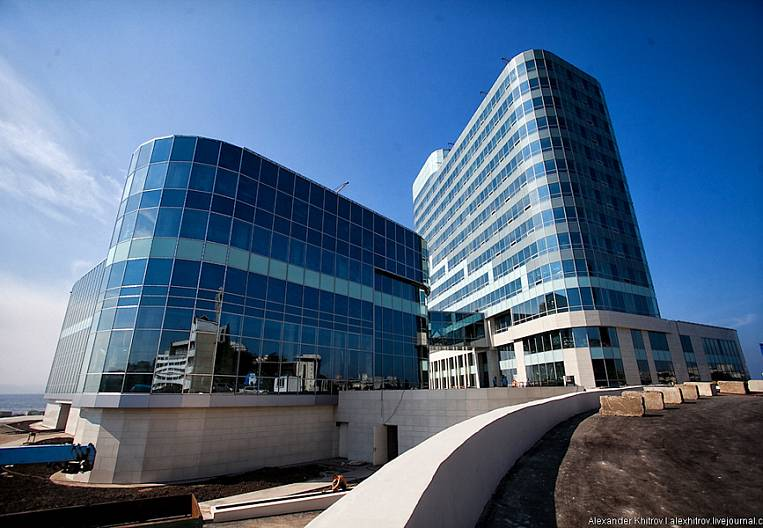 The completion of Hyatt in Vladivostok is delayed indefinitely