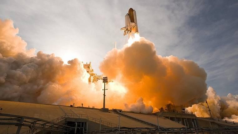 В КНР запустили коммерческую ракету-носитель соспутниками